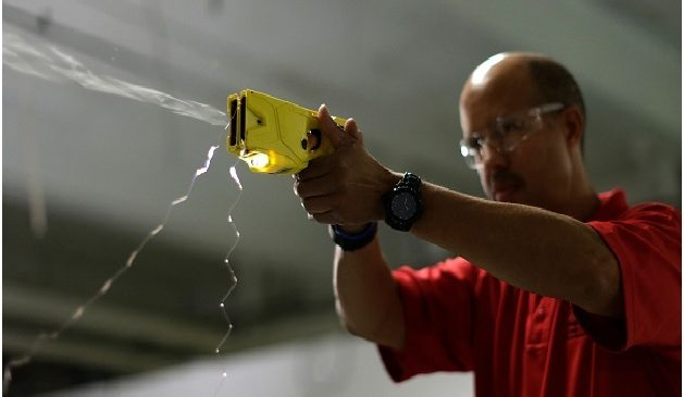 5 Reasons Tasers Are Better Than Pistols