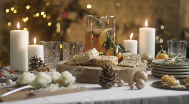 Five Ways to Get Your Guests in the Holiday Spirit
