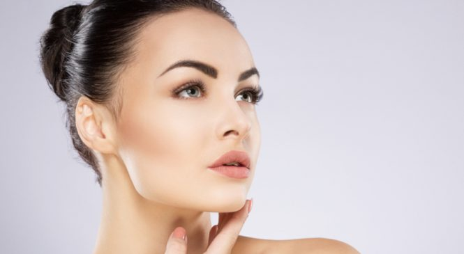 A Quick Guide On Facial Dermal Fillers For Youthful Face