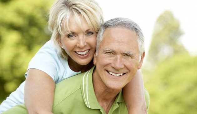 How To Stay Safe On A Senior Dating Site