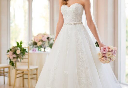 How To Buy Cheap and Beautiful Wedding Dresses Online